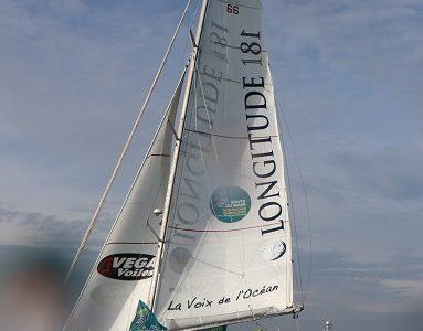 Abandon du bateau LA VOIX de l'OCEAN dans la Route du Rhum