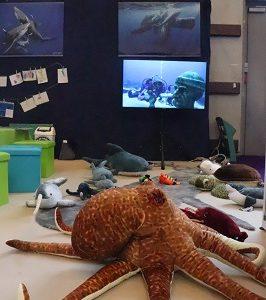 Les champions apnéistes avec l'Ocean Academy dans l'Espace Jeunesse LONGITUDE 181!